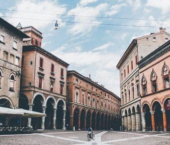 Canzoni-Bologna-unsplash-min