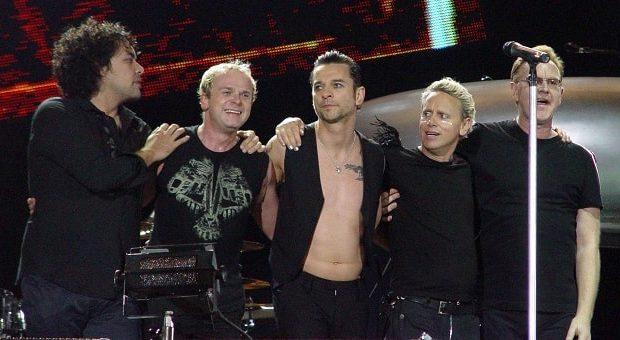 Depeche-Mode-Foto-Nussbaum-min